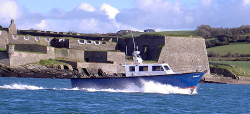 HARPY passing Charles Fort in Kinsale as it heads out to sea.