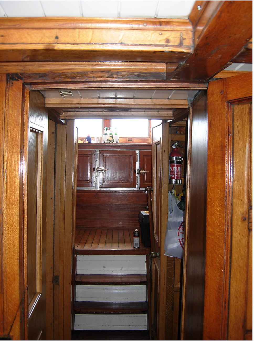 Looking towards wheelhouse from main saloon.